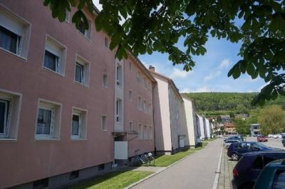 Objekt Gute Rendite - Rechnen Sie selbst - 2-Zimmer-Wohnung in Blumberg !!