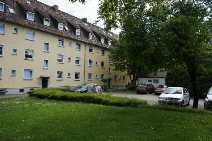 Objekt Beziehbare 3-Zimmer-DG-Wohnung ohne Balkon - Hauffstraße 53 in Friedrichshafen ....